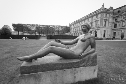 Aristide Maillol: Jeune fille alongee