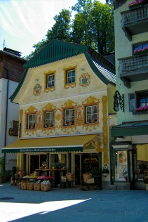 One of the picturesque houses in Sankt Wolfgang