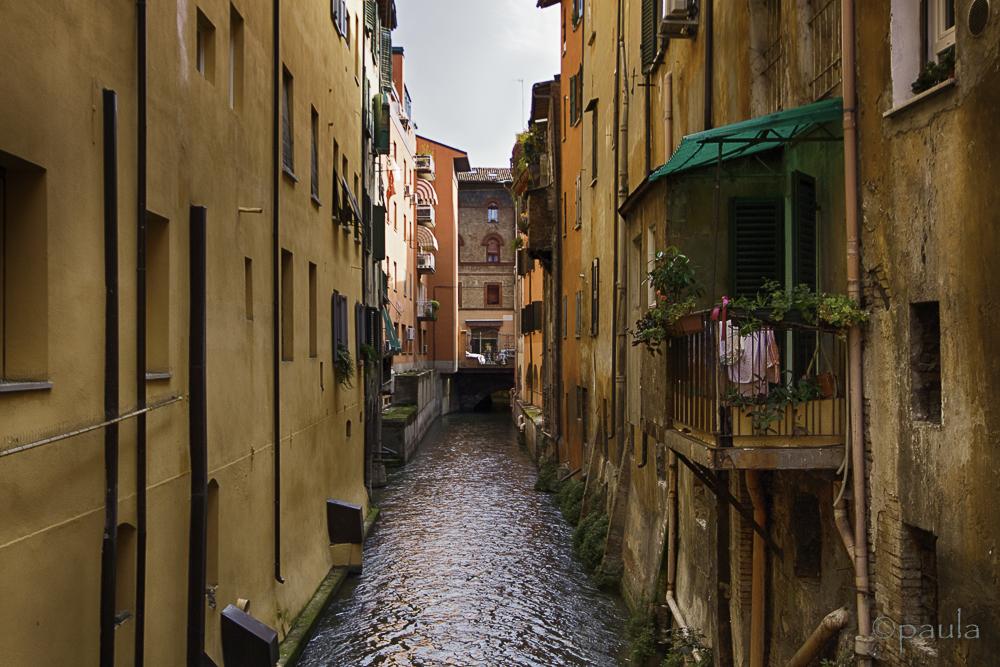 bologna_canal_landscape