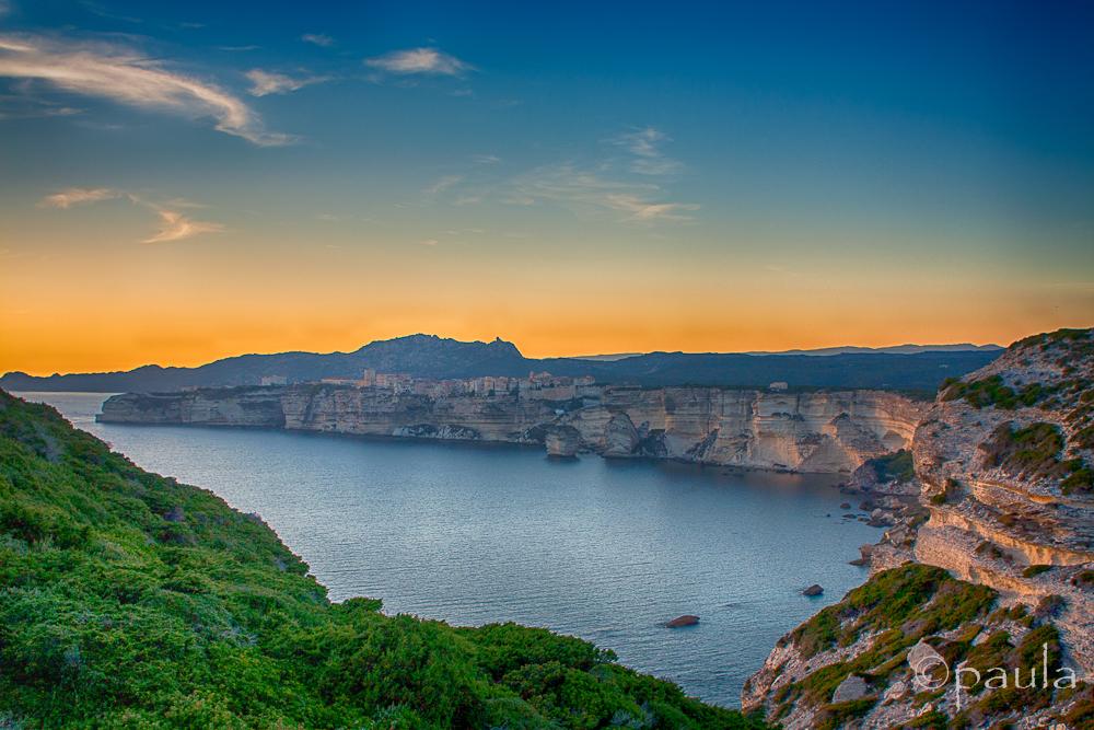 bonifacio_sunset_zeleno