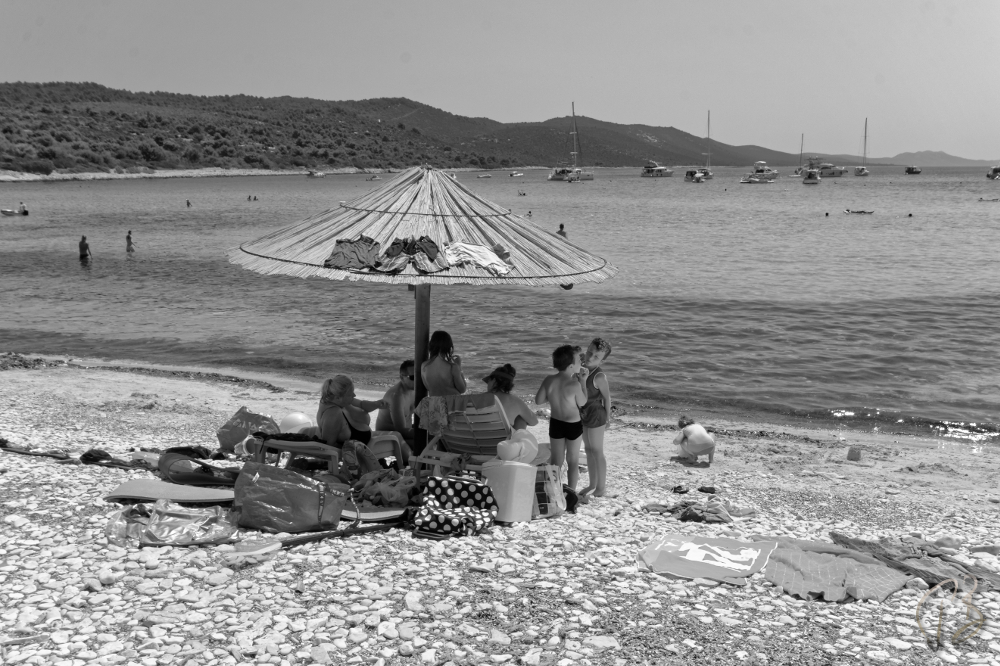 beach moving-1_potpis