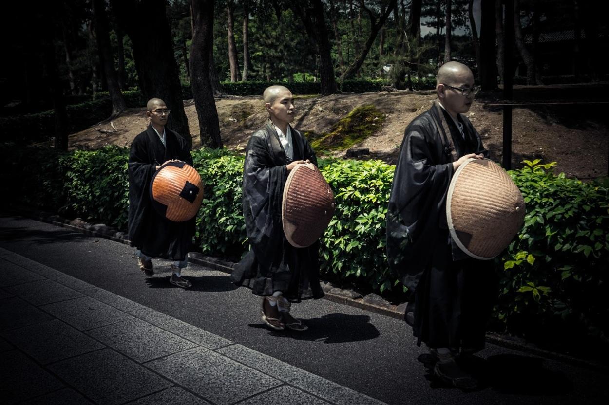monks2 (1)