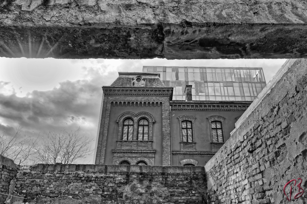 layers_tvornica-duhana-1_potpis-scale